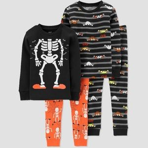 2 sets of pajamas - Skelton and mummy boo pajamas